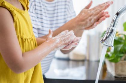 """全国4,700名調査!子どもの """"健康管理"""" で気を付けていることNo.1は 「手洗い」、 キーワードは 「除菌」!ドクターが教える正しい 「手洗い」の方法とは"""
